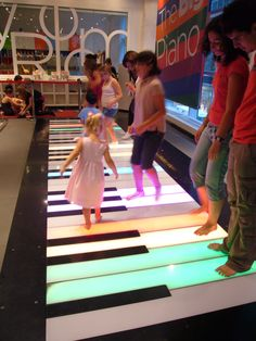 Play on the Big Piano at FAO Schwarz flagship store in New York #travel #visit #nyc
