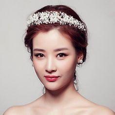nydelige rhinestones bryllup / fest headpieces / tiaraer med imiterte perler – NOK kr. 186