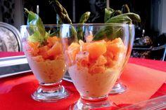 """La recette: Tartare aux 2 saumons & mousseline d'asperges, via le site """"Les Recettes de ma Mère"""" (appero,asperges,cacher,cachere,casher,cashere).  http://lesrecettesdemamere.net/recette/tartare-saumons-mousseline-asperges/"""