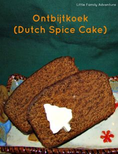 Ontbijtkoek (Dutch Breakfast Spice Cake) Ontbijtkoek is a traditional Dutch spice cake recipe. It's a dense cake that is served at breakfast time or as a snack. While the bread is cooling, it is wrapped in aluminum foil. This creates a sticky, moist crust Amish Recipes, Cuban Recipes, Baking Recipes, Breakfast Bread Recipes, Breakfast Cake, Spice Cake Recipes, Dessert Recipes, Desserts, Traditional Dutch Recipes