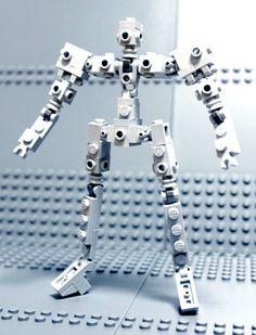 Simple Lego Humanoid - Using basic lego parts.
