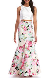 b5f3490efbd21 Xscape Two Piece Trumpet Skirt and Sleeveless Top. Perfect Prom DressFloral  ...