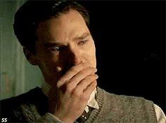 The Sherlock Theme as a Ballad on the Piano -- 3 minutes 29 seconds... a hauntingly beautiful song even if you don't watch Sherlock, listen. Watch Sherlock, Sherlock Fandom, Sherlock Holmes, Beautiful Songs, Gifs, Geek Out, Baby Jesus, Theme Song, Vatican Cameos