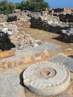 The Malia Kernos, Malia Palace, West Wing. Minoan Art, Greek Pattern, Beautiful Ruins, Mycenaean, West Wing, Bronze Age, Ancient Civilizations, Ancient Greece, Ancient History