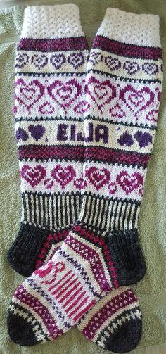 Omin pikku kätösin Knit Socks, Knitting Socks, Mittens, Gloves, Winter, Fashion, Moda, Fashion Styles, Sock Knitting