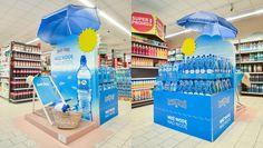 "Żywiec Zdrój ""Weź wodę nad wodę"" campaign. Water retail summer display by NAVdsgn"