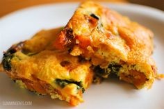 Slimming Eats Sweet Potato and Spinach Frittata - gluten free, dairy free, paleo, vegetarian, Slimming World and Weight Watchers friendly Easy Healthy Recipes, Veggie Recipes, Vegetarian Recipes, Cooking Recipes, Healthy Meals, Healthy Eating, Veggie Meals, Healthy Options, Potato Recipes