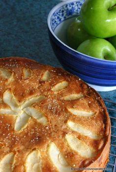 "Norwegian Apple Cake - ""Eplekake"" (click photo for recipe) Just Desserts, Delicious Desserts, Yummy Food, Apple Cake Recipes, Dessert Recipes, Bolo Grande, Swedish Recipes, Norwegian Recipes, Norwegian Food"