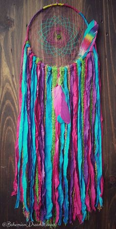 Rainbow Dream catcher - bohochic Dreamcatcher - bohemian room decor - hippie decor - gifts for teens - boho - gypsy - lgbt Diy Dream Catcher Tutorial, Bohemian Room Decor, Diy Room Decor For Teens, Rainbow Room, Dream Catcher Boho, Gifts For Teens, Boho Gypsy, Dreamcatchers, Wind Chimes