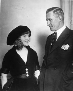 Starlet Mary Miles Minter a suspect in the murder of her mentor director William Desmond Taylor. #SilentEraHollywood #Irish Hollywood