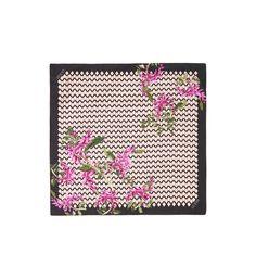Les 509 meilleures images du tableau carrés scarves silk sur ... 2027a9b91761