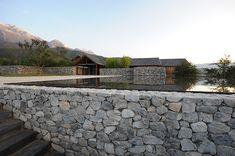 chachidesign:  atelier li xiaodong creates a home in the water http://ift.tt/1ayKVIn