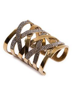 Compre Hector Albertazzi Bracelete com banho em ouro envelhecido em Hector Albertazzi from the world's best independent boutiques at farfetch.com. Over 1000 designers from 300 boutiques in one website.