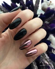 There are many options for nail style, but have you tried chrome nails? Chrome nails are a type of nail that has become popular in recent years, and it will only become more and more popular. Funky Nails, Glam Nails, Classy Nails, Matte Nails, My Nails, Acrylic Nails, Chrome Nails Designs, Black Coffin Nails, Black Chrome Nails