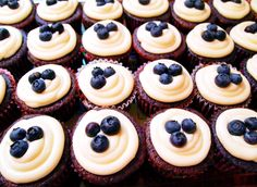 tea-infused frosting & blueberry cupcakes