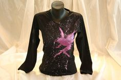 Hand painted women's t shirt. I use non-toxic, water based, permanent fabric colors. A pixie fairy on a splatter background. Whimsical Fashion, T Shirt Diy, Pixie, Cotton Fabric, Long Sleeve Tees, Hand Painted, T Shirts For Women, Fairy, Colors