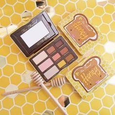 This limited edition palette features nine delicious matte, shimmer and creamy shades of warm neutrals, amber pearls and honey velvets. Infused with antioxidant-rich cocoa powder and a sweet peanut butter and honey scent, this collection will have you buzzing with happiness 🐝 Available NOW on toofaced.com and ulta.com! #toofaced
