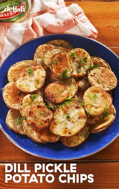 These Oven-Roasted Dill Pickle Potato Chips Are A Home RunDelish Yummy Snacks, Healthy Snacks, Healthy Recipes, Easy Recipes, Yummy Food, Dill Pickle Potato Chips Recipe, Potato Dishes, Potato Recipes, Dishes Recipes