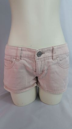 American Eagle Pink Shorts Ladies Size 6