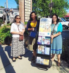 ASL sisters doing seldom worked territory in Long Island, NY. #jw #Jehovah
