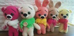 Háčkovaný mini Medvídek / Mini Zajíček – Jak háčkovat Crochet Mushroom, Diy And Crafts, Crochet Patterns, Crochet Hats, Teddy Bear, Kitty, Dolls, Animals, Zip