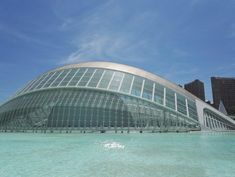 City of Arts and Sciences on kaunis valkoisten rakennusten tiede- ja taidekeskus keskellä Valenciaa. Kuvauksellinen puisto kuuluu Espanjan 12 Aarteen listalle. Lisää blogissa! 🌴 // The City of Arts and Sciences is a big park of art, science, beauty and big white buildings in the middle of Valencia. It belongs to the list of 12 Treasures of Spain. More info on blog!   🌴 www.kookospalmunalla.fi 🌴#kookospalmunallablog #valencia #spain #espanja #matkailu #matkablogi #cityofartsandsciences White Building, Valencia Spain, Wide World, Bilbao, Sydney Harbour Bridge, Buildings, Middle, Science, Adventure