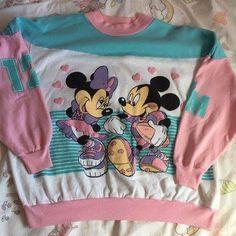 4e7f3fa5553 Mickey   Minnie Mouse Vintage Sweatshirt Vintage Mickey Mouse
