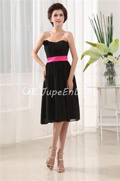 Beautiful Sleeveless Knee-Length Bridesmaid Dress http://www.lovestbridal.com/Beautiful-Sleeveless-Knee-Length-Bridesmaid-Dress-p19445.html