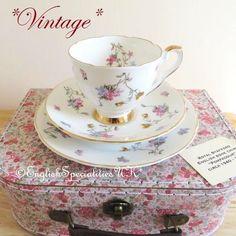 - イギリス雑貨と紅茶とハーブティーのお店 English Specialities *ヴィンテージ*ロイヤルスタッフォード ポンパドール ティーカップトリオ