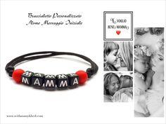 """Bracelet avec message """"MAMMA. TI VOGLIO BENE MAMMA (itl.) - MAMAN. JE T'AIME MAMAN"""" (réversible, personnalisable) pour homme, femme, enfant, bébé, nouveau-né  Bracelet est personnalisable. Fermeture coulissante. Convient à tous les poignets! lettres acryliques 6X6mm.  Perles acryliques 7mm. sur fil de satin ( 2mm.)  Ce bracelet ne craint pas l'eau. Vous pouvez toujours le garder sur le poignet (douche, piscine, vaisselles....)"""