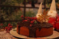 Βασιλόπιτα με ξηρούς καρπούς και μπαχαρικά!Αρώματα Ανατολής... - Eva In Tasteland Sweet Corner, Christmas Time, Deserts, Food And Drink, Recipes, Sweet Dreams, Cakes, Cake Makers, Kuchen
