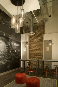Different height seating options, the warmth of a blackboard, interesting lighting - it all adds up.