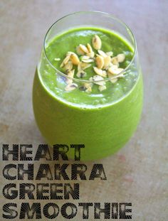 Give your heart a boost with this compassion-inspiring, nutritious green smoothie for the Heart Chakra (Anahata). #vegan #glutenfree By Quincy Malesovas.