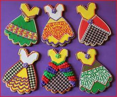 Fancy Cinco de Mayo Fiesta Dress Cookies by Julia M. Fancy Cookies, Iced Cookies, Cut Out Cookies, Cute Cookies, Sugar Cookies, Cookies Et Biscuits, Cookie Icing, Royal Icing Cookies, Cupcakes