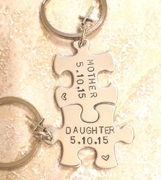 Mother Daughter Gifts-, Mother Daughter Keychain-, Mother Daughter, Christmas Gifts -, Personalized - Gloria's World Christmas Gift Daughter, Christmas Gifts For Parents, Diy Gifts For Mom, Diy Mothers Day Gifts, Christmas Mom, Parent Gifts, Gifts For Family, Gift For Mother, Mother Mother