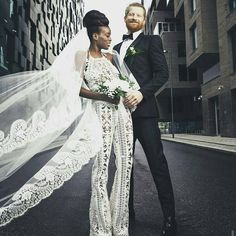 Beautiful interracial couple celebrating at their ultra modern and super chic wedding celebration #love #wmbw #bwwm #swirl