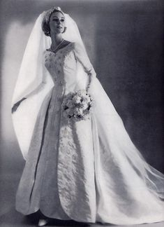 The Bridal Fashion Week for 2019 has come and gone, and it did not disappoint. Vintage Wedding Photos, Vintage Bridal, Wedding Bride, Wedding Gowns, Vintage Dresses, Vintage Outfits, Vintage Clothing, Vintage Fashion, Traditional Gowns