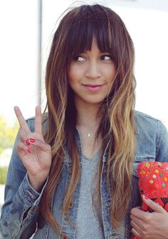 Long hair, bangs and beach waves... I think my hair may grow this long before summertime! All I need are the bangs!