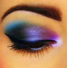 Very bold. I like this look a lot. Obviously not an everyday/daytime look. - http://AmericasMall.com/categories/beauty-cosmetics.html Pin Now, Use Later