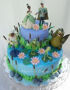 Love the Aligator and Frogs on this Princess and the Frog cake