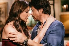 Everything about Jab Harry Met Sejal has only intrigued us till now. We saw Harry aka Shah Rukh Khan and Sejal aka Anushka Sharma searching for the ring and Anushka making it clear that she is not the type of girl who will leave her fiance for a. Top Bollywood Movies, Bollywood Stars, Shah Rukh Khan Movies, Shahrukh Khan, Couples Images, Cute Couples, Srk Movies, Beautiful Bollywood Actress, Anushka Sharma