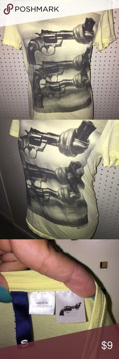 Knot violence pale yellow t-shirt size small gun Nice used condition. Size small. Yellow. Tops Tees - Short Sleeve