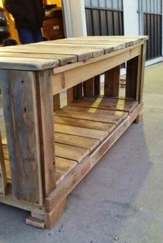 Pallet Entertainment Stand
