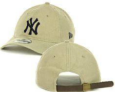 New York Yankees Khaki New Era 9Twenty Shoreline Slouch Fit Adjustable Cap $17.95