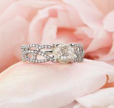 Vine rough diamond ring w/ pave