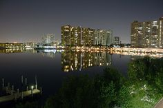 Spectacular Intracoastal views at Night from the G Bay, Sunny Isles Beach South Beach, South Florida, Miami Beach, Rental Solutions, Sunny Isles Beach, Beach Properties, Beach Vacation Rentals, Night Time, Seattle Skyline