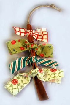 Nothing can beat homemade Christmas Ornaments & Christmas Crafts. Here are easy DIY Christmas Ornaments to make your Christmas Decorations feel personal. Stick Christmas Tree, Fabric Christmas Ornaments, Handmade Christmas Decorations, Noel Christmas, Homemade Christmas, Rustic Christmas, Burlap Ornaments, Ornament Tree, Ornaments Ideas