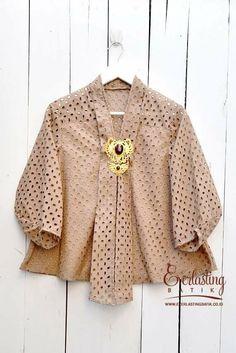 Blus                                                                                                                                                                                 More Kebaya Lace, Kebaya Hijab, Kebaya Brokat, Batik Kebaya, Kebaya Dress, Kebaya Muslim, Batik Blazer, Blouse Batik, Batik Dress