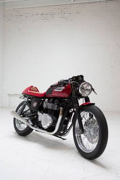 "Racing Cafè: Triumph Bonneville ""Cafè Racer Giveaway"" 2013 by Dime City Cycles"