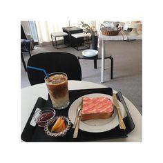 66 個讚,4 則留言 - Instagram 上的 Carole 1995(@mu_carole):「 一直以為自己有發 結果沒有😂 比想像中好吃 咖啡有好喝到☕️ #서울 #커피 #토스트 #seoul #coffee 」